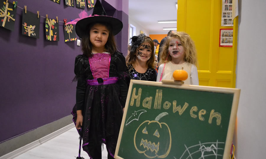 CIFS Halloween
